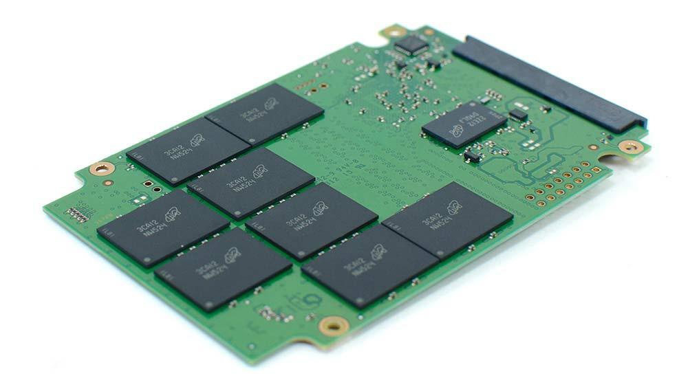 Odzyskiwanie danych z dysku SSD SATA